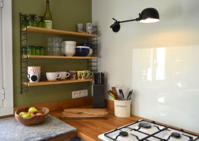 Décoration de cuisine au Rouret par Maison Modèle, Home stager Expert et Décoratrice UFDI à Antibes 06 : Détail plan de cuisson