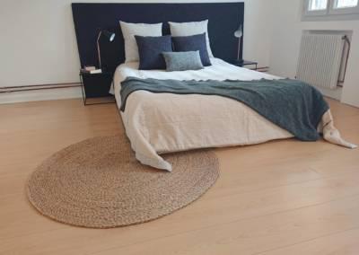 Home Staging Maison Vide Biot - Une grande chambre d'amis accueillante, par Maison Modèle, Home Stager & Décoratrice UFDI à Antibes 06