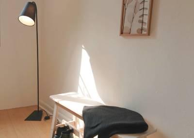 Home Staging Maison Vide Biot - Chambre d'amis avec détail mise en situation, par Maison Modèle, Home Stager & Décoratrice UFDI à Antibes 06