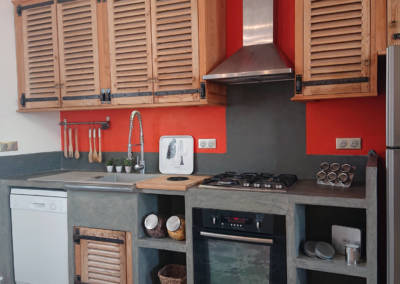 Home Staging Maison Vide Biot - Cuisine mise en ambiance, par Maison Modèle, Home Stager & Décoratrice UFDI à Antibes 06