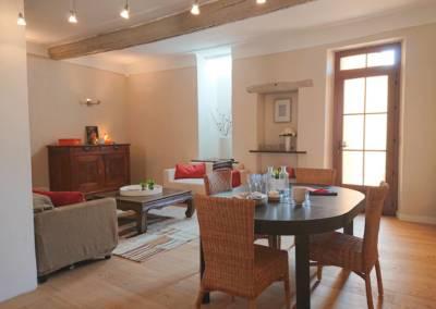 Home Staging Maison Vide Biot - Une grande pièce à vivre, par Maison Modèle, Home Stager & Décoratrice UFDI à Antibes 06