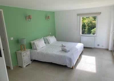 Aménagement d'un sous-sol de maison – Tanneron (Var) Chambre Olivier, par Sylvie Aldebert, Décoratrice UFDI à Antibes 06 - Ambiance Vacances
