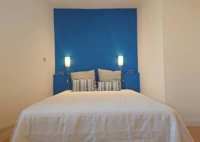 Home Staging Maison Vide Biot - La chambre Ado bleu roi, par Maison Modèle, Home Stager & Décoratrice UFDI à Antibes 06