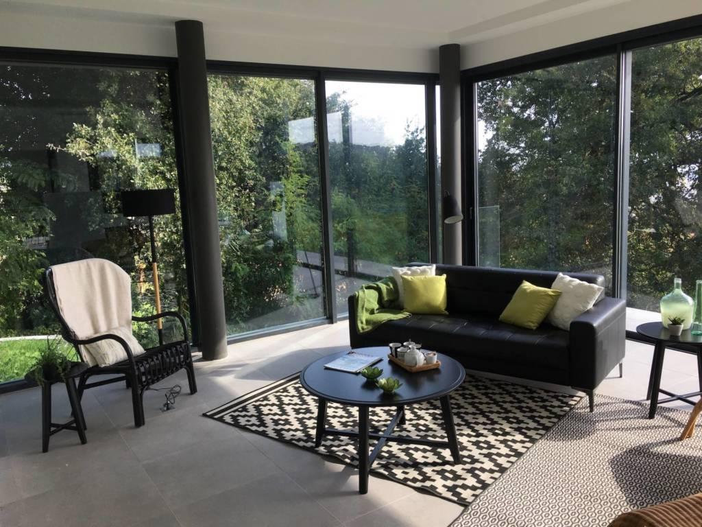 2 Prestation Home Staging - Mise en scène du salon Maison d'architecte Nice, par Maison Modèle, Home Stager & Décoratrice UFDI à Antibes 06