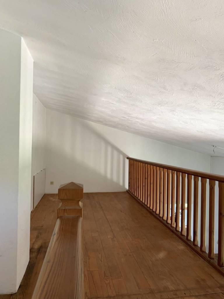 3 Prestation Home Staging - Bien vide Mezzanine sous rampant Vence, par Maison Modèle, Home Stager & Décoratrice UFDI à Antibes 06